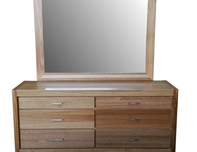 Tasmanian oak dressing table with mirror